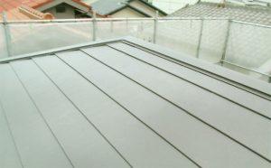 屋根:ニチハ横暖ルーフ(ブラウン)