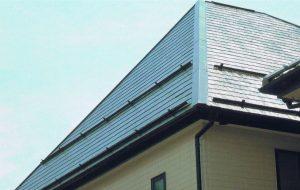 コロニアル屋根 経年劣化で傷んだ屋根を太陽熱高反射(遮熱)塗料で防水性、遮熱性も向上